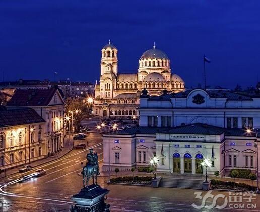 保加利亚留学一年学费