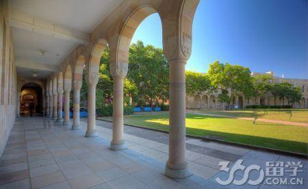 昆士兰科技大学可以换专业吗