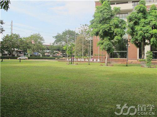 qile518曼谷大学怎样收费