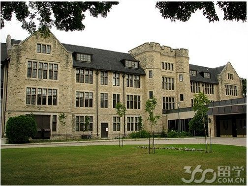 大学在2008年被加拿大大学与学院协会授予会员资格