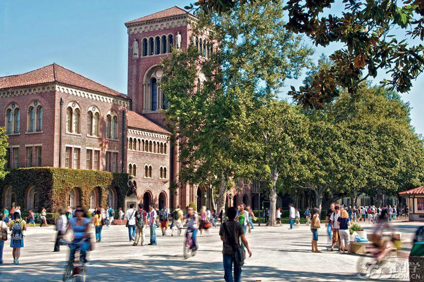 南加利福尼亚大学(University of Southern California),又译南加州大学,简称南加大(USC),位于美国加利福尼亚州洛杉矶市,1880年由监理会创立,是美国西海岸最古老的私立研究型大学,世界著名高等学府,世界顶尖学术研究型大学。是美国大学协会(AAU)成员、环太平洋大学联盟成员。   立思辰留学360介绍:学校的电影艺术学院、音乐学院、传播学院、商学院、公共政策学院、医药学院、建筑学院、工程学院和多媒体学院等居全美前十。在2015-2016年度U.