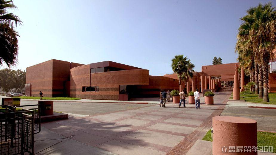 芜湖留学360:2017年加州州立大学洛杉矶分校