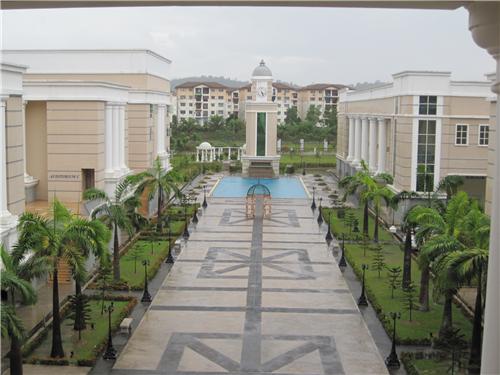 马来西亚世纪大学语言费用详解