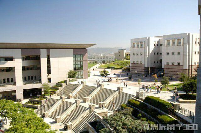 2017年加州州立大学圣马科斯分校官网