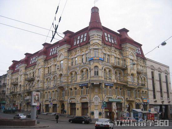 2017年乌克兰留学读研与国内区别