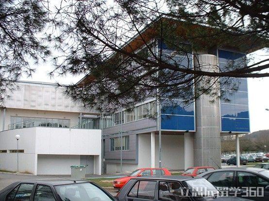 2017年法国图卢兹第三大学业设置
