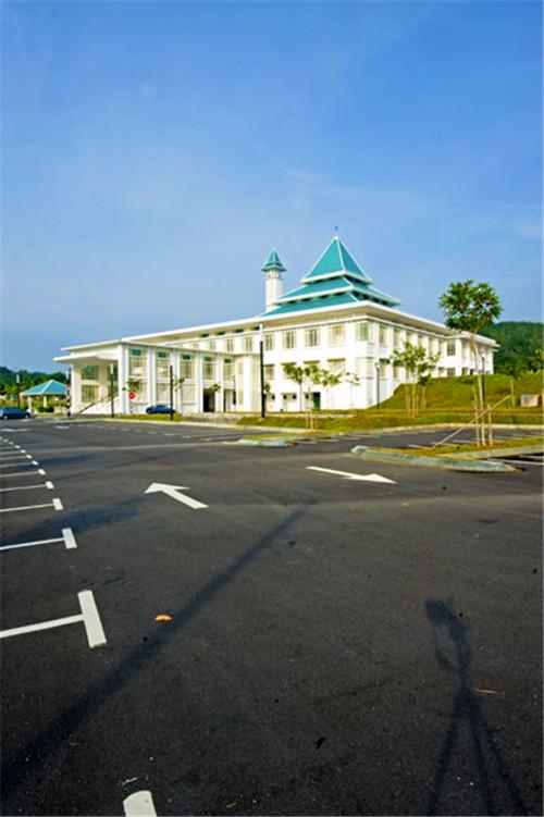 马来西亚国民大学与莫纳什大学马来西亚校区哪个好