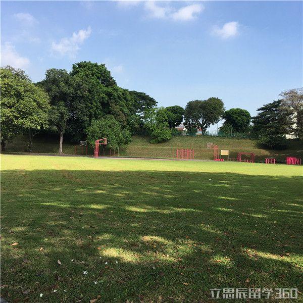 新加坡博伟教育学院