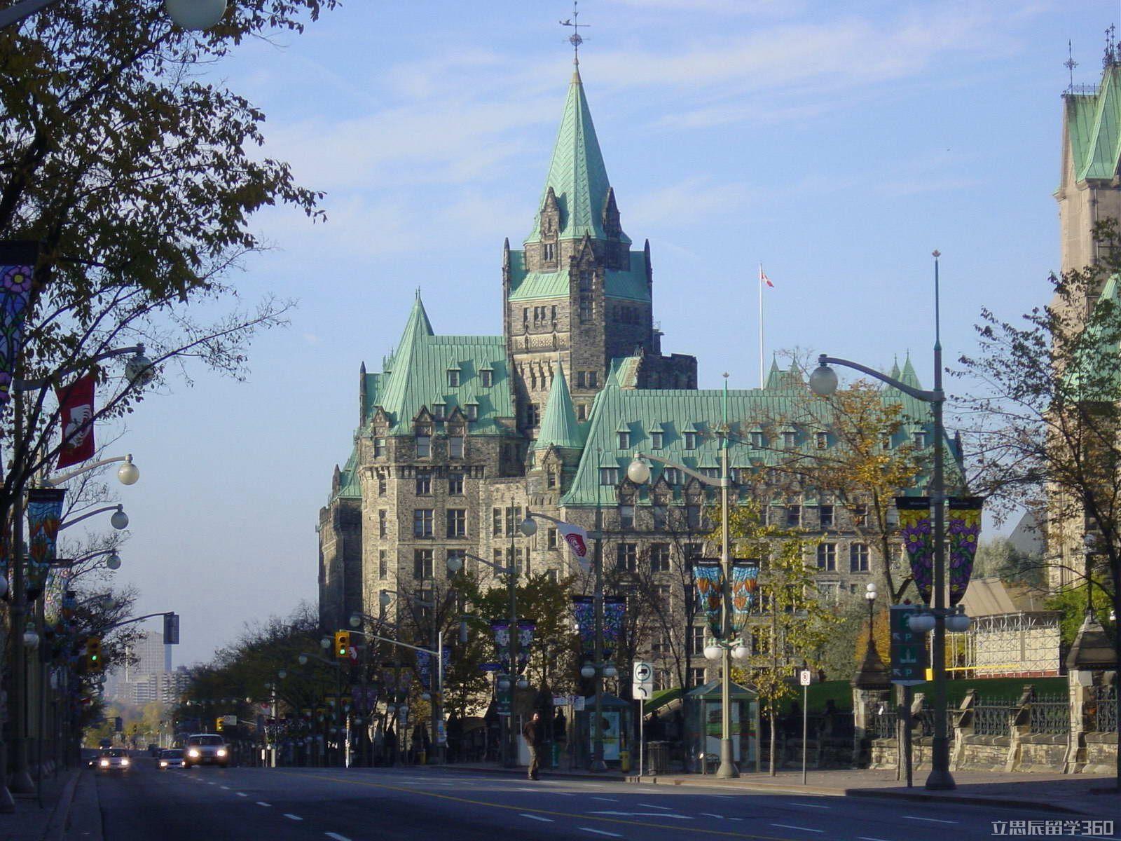 政策大改!加拿大留学移民新政策与雅思直接挂钩?