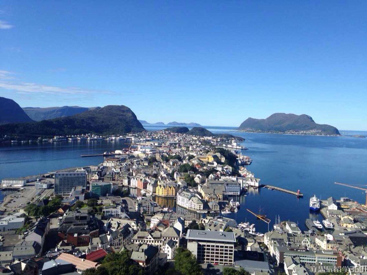 挪威高中留学