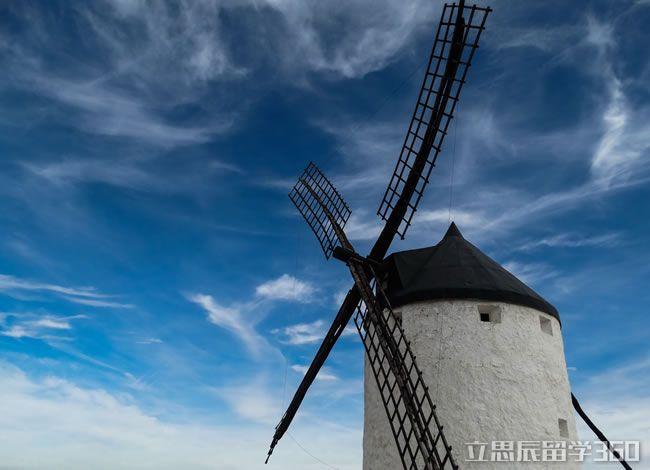 赴荷兰留学艺术、要如何选择专业呢!