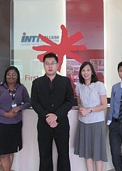 马来西亚马丁先生访问英迪国际大学