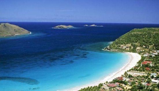 其辖区主要包含圣马丁岛的北部和附近的岛屿