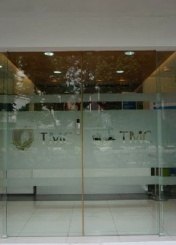 新加坡教育联盟对TMC学院进行实地考察