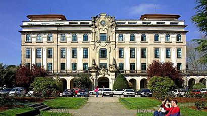 西班牙圣地亚哥大学