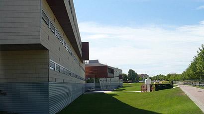 拉里奥哈大学