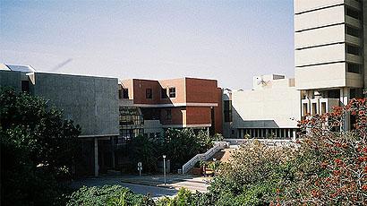 莱奥本矿业大学(Montanuniversität Leoben)