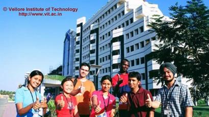 韦洛尔科技大学
