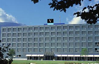 瓦岱勒国际酒店管理与旅游管理商学院瑞士校区风光