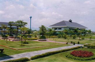 泰国湄南河大学风光