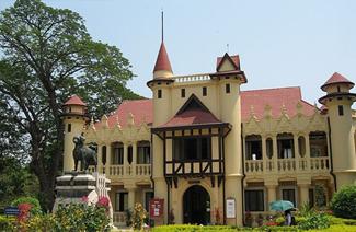泰国艺术大学风光