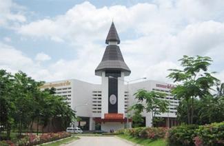 泰国佛统皇家大学风光