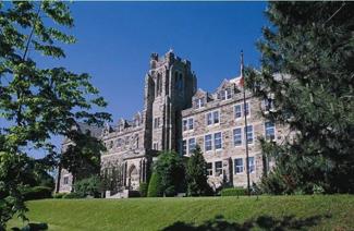 布雷舍尔女子大学学院