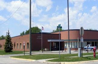 帕姆比纳公立教育局